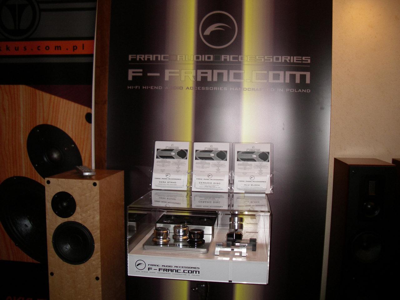 2010_11_06-07_Audio Show 03
