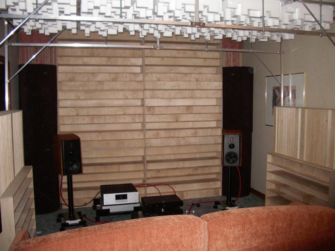 2010_11_06-07_Audio Show 06
